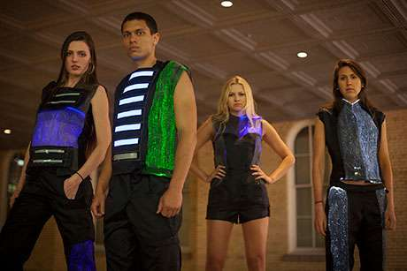 Lighted clothing that flashes to beat of music will hit runway