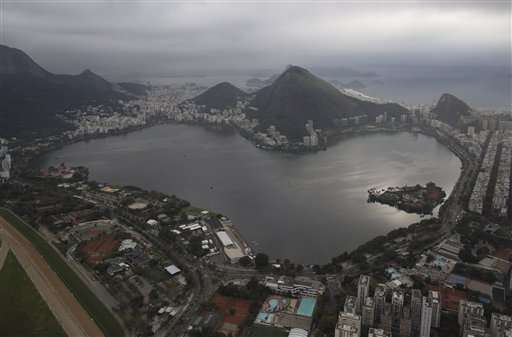Olympic teams to swim, boat in Rio's filth