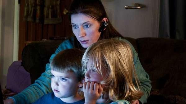 Parental strategies to support young people online