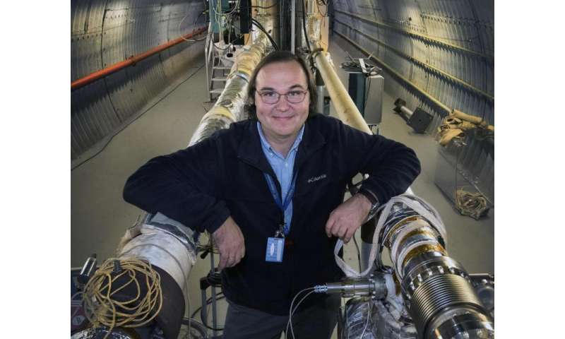 Producing cold electron beams to increase collision rates at the relativistic heavy ion collider