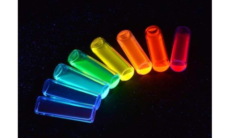 Quantum dots light up under strain