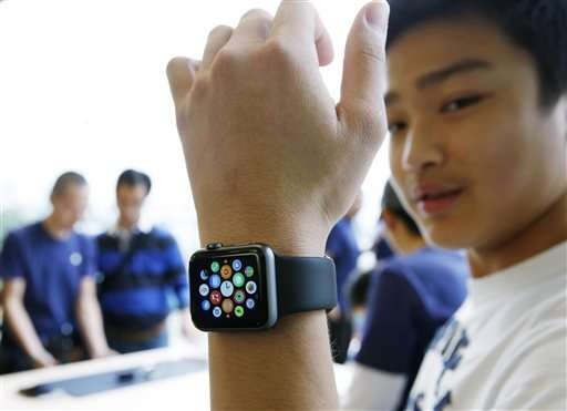 Review: Small life enhancements come with Apple Watch