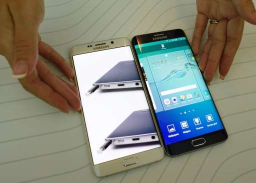 Global smartphone sales pick up on fierce competition