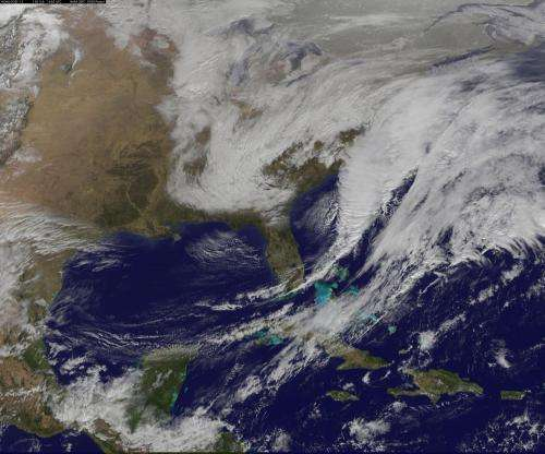 Satellite witnesses developing US nor'easter
