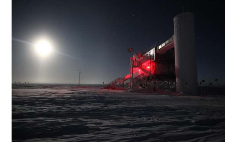 Scientist gives 'outlaw' particles less room to hide