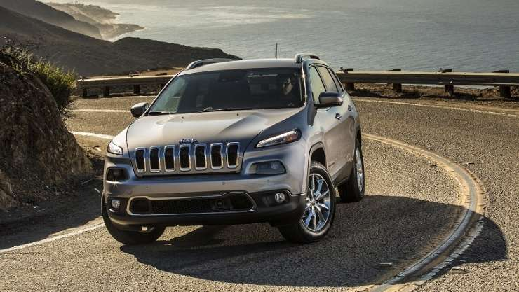 Security experts demonstrate ability to remotely crash a Jeep Cherokee