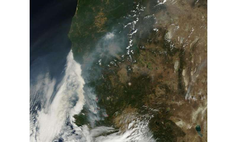 Series of wildfires in Northern California continue blazing