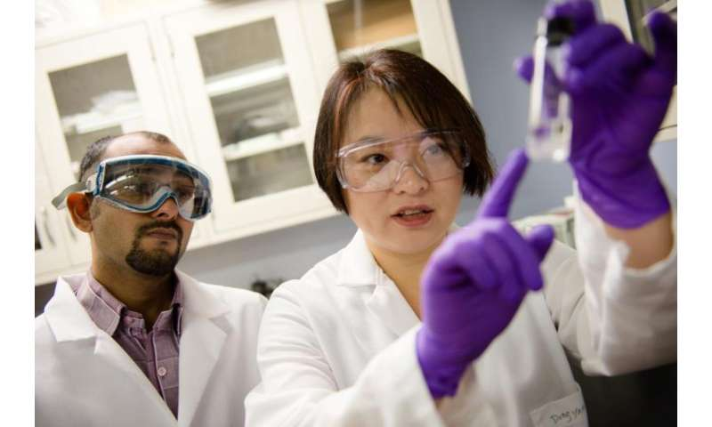 Shaking the nanomaterials out