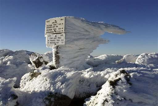 Supercooled clouds form stunning ice kingdoms atop mountains