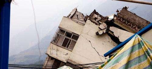 The power of social media in massive emergencies