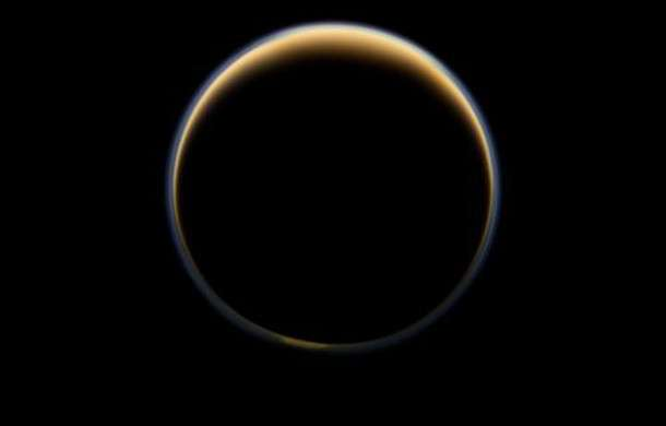 Titan's atmosphere useful in study of hazy exoplanets