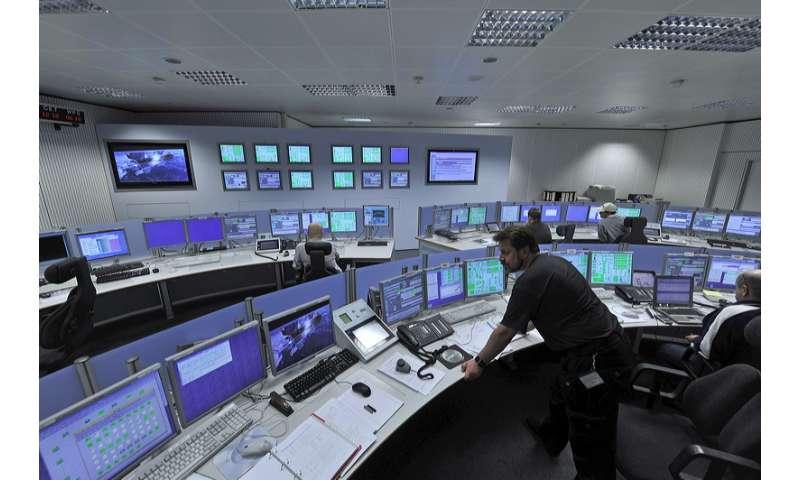 Tracking spacecraft through the cosmos contest