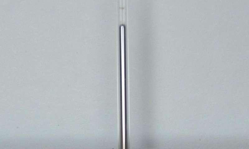 Tunable liquid metal antennas