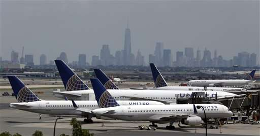 United suffers 2nd major grounding in 2 months