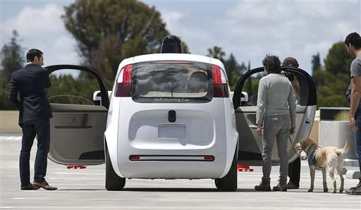 Upbeat feds revising self-driving car position