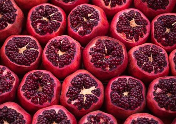 Can pomegranates protect the brain from dementia?