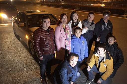 Chinese turn to carpooling aps to get ride home for holidays