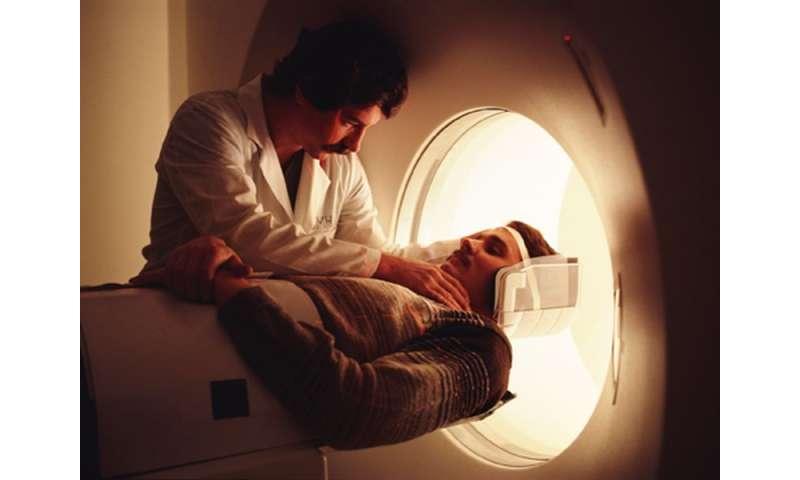 Doctors should bone up on CT scan cancer risks