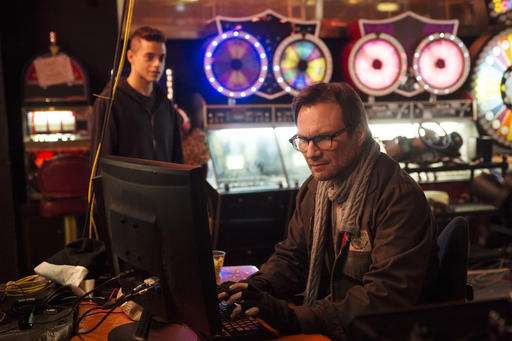 """How the TV show """"Mr. Robot"""" won the prize for hacker realism"""