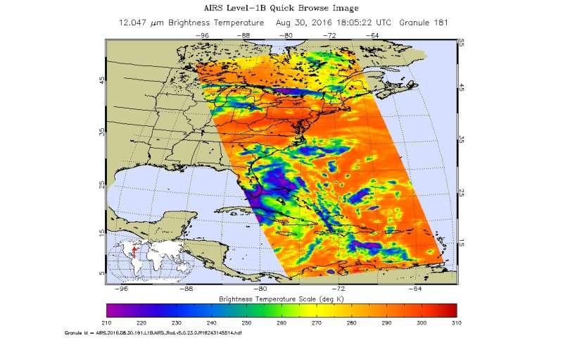 NASA gets 2 views of Tropical Depression 8 off the Carolina coast