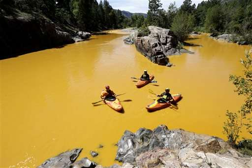 New Mexico is 1st to issue plans to sue EPA over mine spill