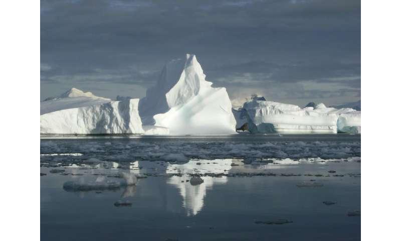 Ocean warming primary cause of Antarctic Peninsula glacier retreat