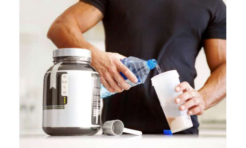 Scientists challenge recommendation that men with more muscle need more protein