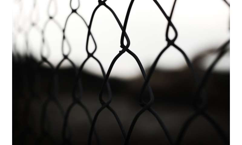 Social networks in prisons impact prisoner health and re-entry