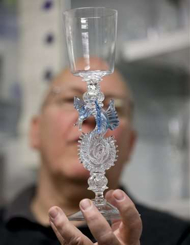 Glass expert digs into secrets of historic Venetian process