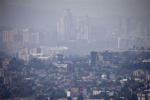 After worst smog in 11 years, Mexico City braces for more