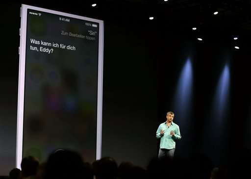 Apple makes Siri smarter, rolls out software improvements