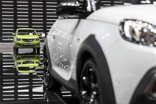 Different paths could lead to autonomous cars