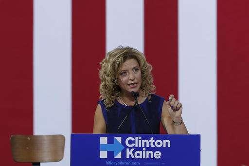 FBI investigates DNC hacking; Clinton campaign blames Russia