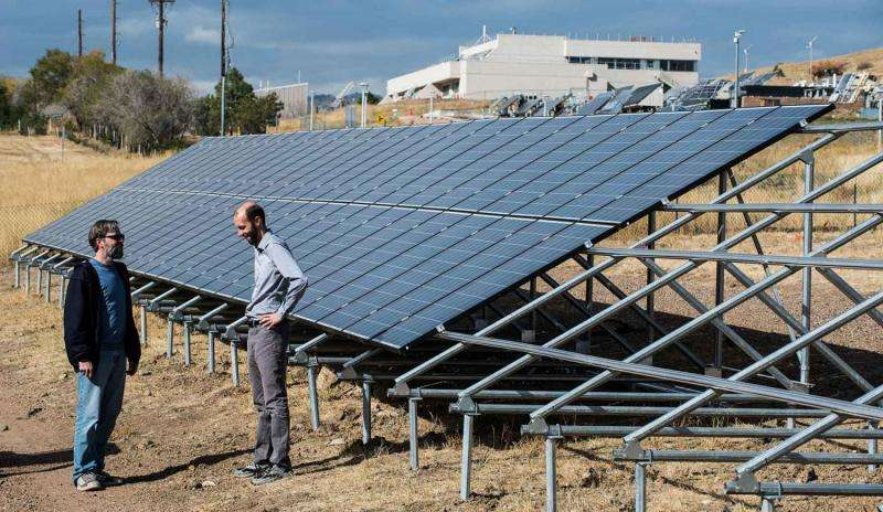 NREL adds solar array field to help inform consumers