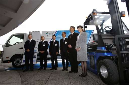 Toyota partners in making wind-power hydrogen for fuel cells