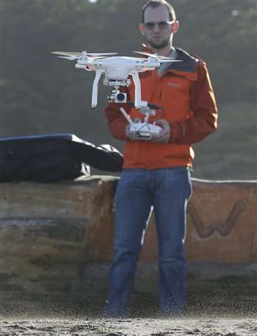 'Citizen scientists' use drones to map El Nino flooding