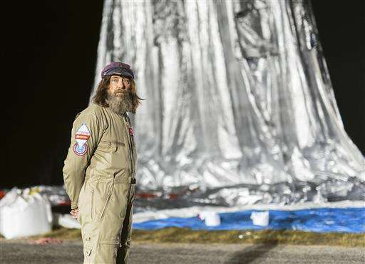 Russian balloon more than halfway to circumnavigating globe