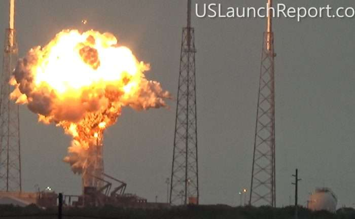 Spectacular video captures catastrophic SpaceX Falcon 9 rocket explosion during prelaunch test
