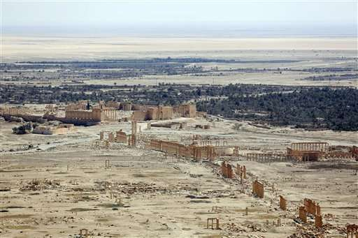 Syria's Palmyra: Ghost town bearing scars of IS destruction
