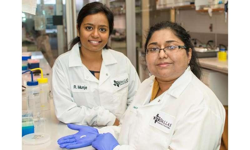 Bioengineers create sweat-based sensor to monitor glucose