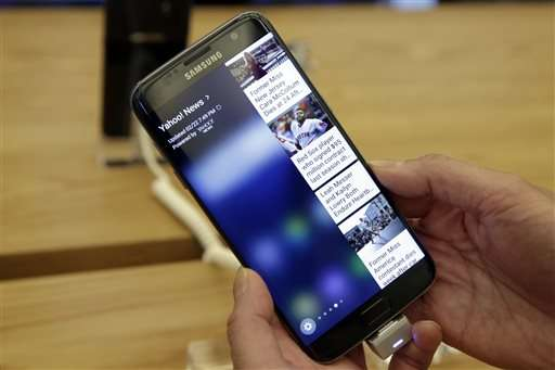 Durability tests: Samsung phones survive water, not falls