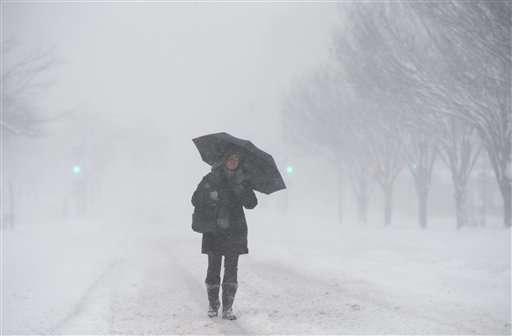 Blizzard brings much of US East Coast to a standstill