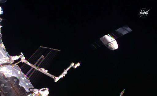 SpaceX Dragon heads back to Earth with station science, gear