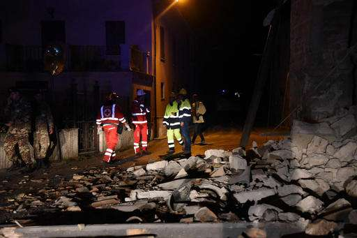 Two quakes rattle Italy, crumbling buildings and causing panic