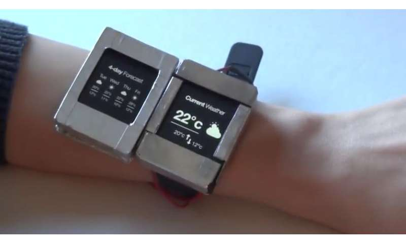 Dartmouth researcher, collaborators unveil dual screen smartwatch