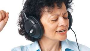 Singing improves speech of people with Parkinson's, but more research needed