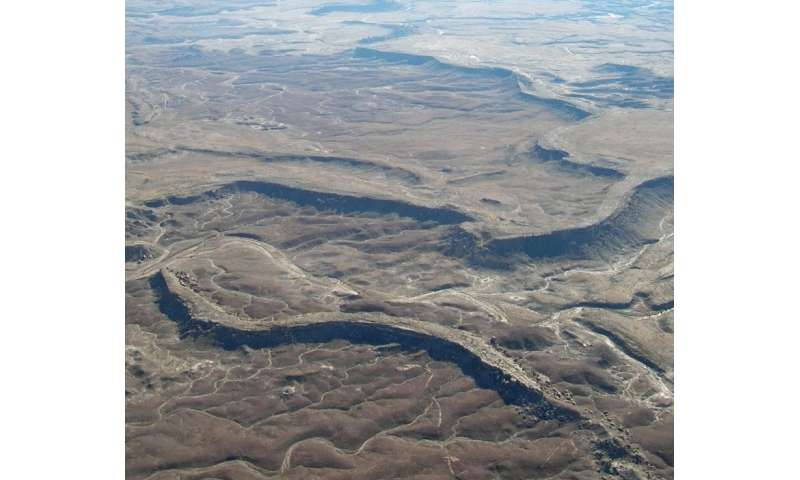Fossilized rivers suggest warm, wet ancient Mars