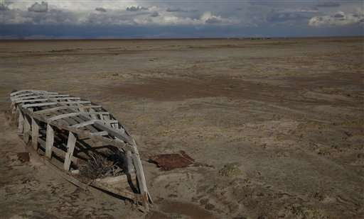 Disappearance of Bolivia's No. 2 lake a harbinger