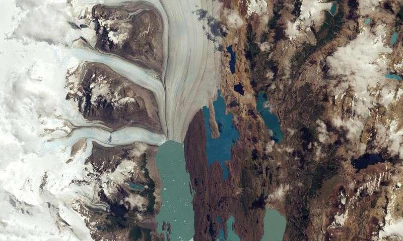 Image: Sentinel-2A captures Upsala Glacier