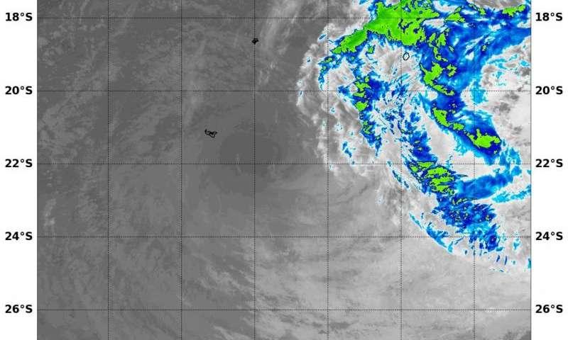 NASA sees Tropical Cyclone Victor weakening under wind shear